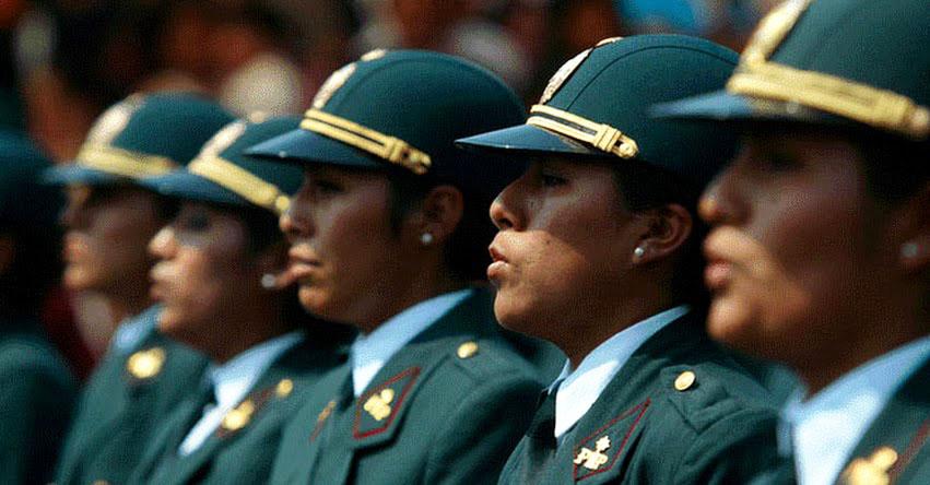 Mujeres Suboficiales Peru
